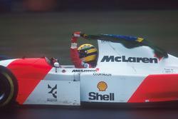 Ganador de la carrera Ayrton Senna, McLaren MP4/8 Ford