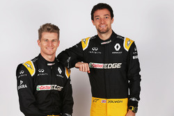 (L to R): Nico Hulkenberg, Renault Sport F1 Team with team mate Jolyon Palmer, Renault Sport F1 Team