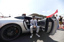 Fernando Alonso, McLaren, in de Safety Car