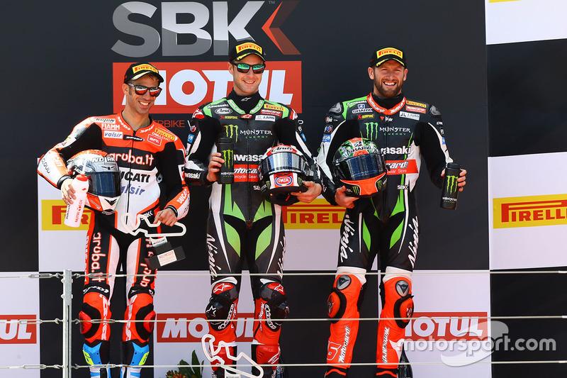 Podium: Ganador, Jonathan Rea, Kawasaki Racing, segundo, Marco Melandri, Ducati Team, tercero, Tom S