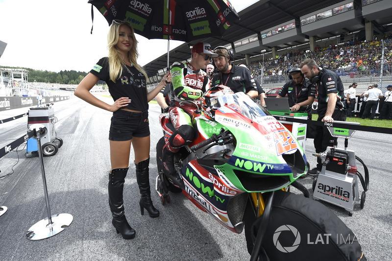 Грід-гьол поруч із Семом Лоусом, Aprilia Racing Team Gresini