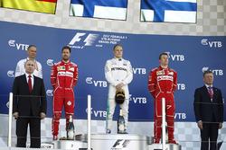 Vladimir Putin, Tony Ross, Mercedes AMG F1, Sebastian Vettel, Ferrari, Valtteri Bottas, Mercedes AMG F1 Kimi Raikkonen, Ferrari, Dimitri Medvedev