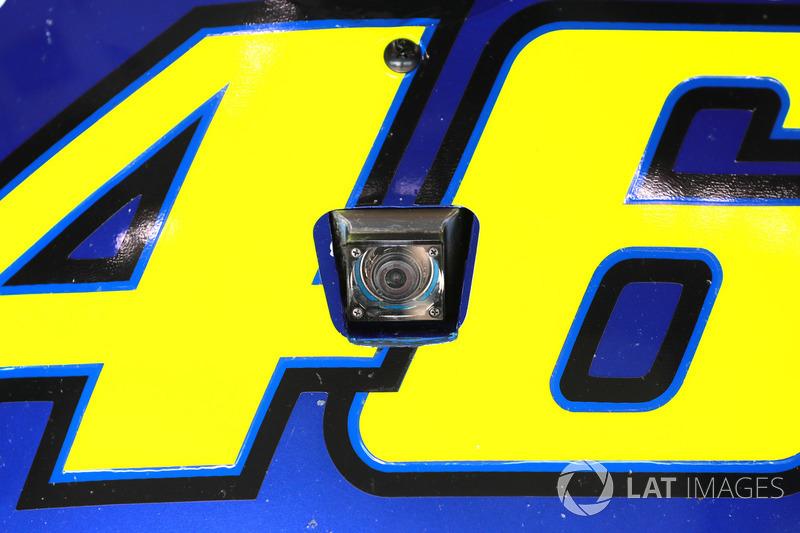 كاميرا أونبورد