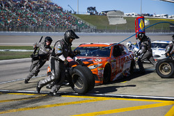 Daniel Suarez, Joe Gibbs Racing Toyota pit stop