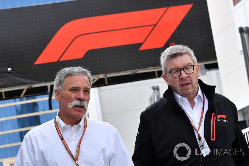 Chase Carey, Chief Executive Officer dan Executive Chairman Formula One Group, bersama Ross Brawn, Managing Director Motorsports Formula One