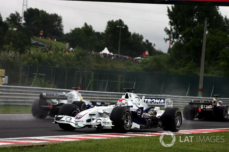 Robert Kubica, BMW Sauber F1.06 spin atıyor