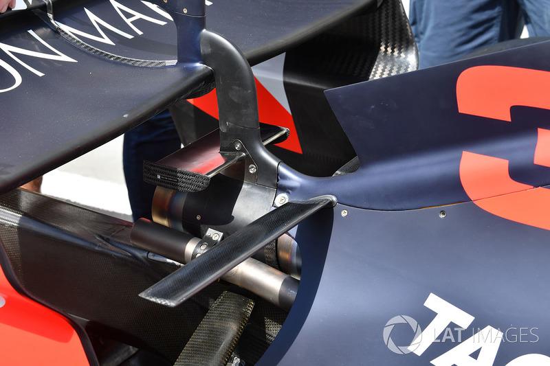 Detalle del ala trasera del Red Bull RB14