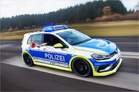 Oettinger Golf 400R Polizeifahrzeug