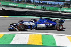 Charles Leclerc, Sauber C36 and halo