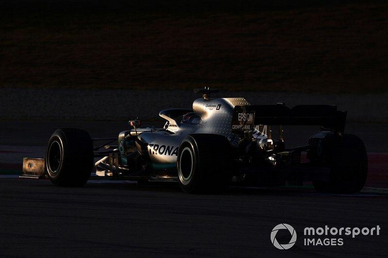 7. Lewis Hamilton: 1:17.977