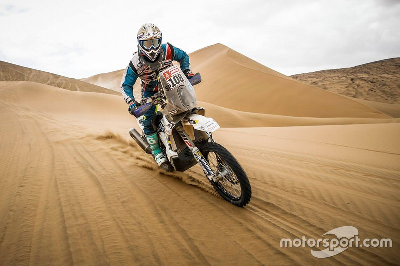 Rider in action during Dakar rally