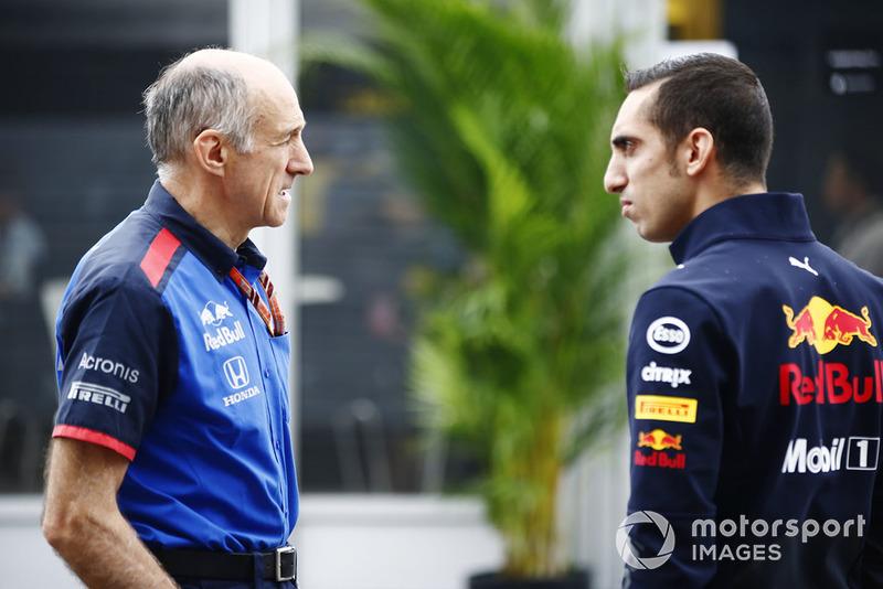 Franz Tost, Team Principal Scuderia Toro Rosso, bersama Sebastien Buemi, pembalap tes Red Bull Racing