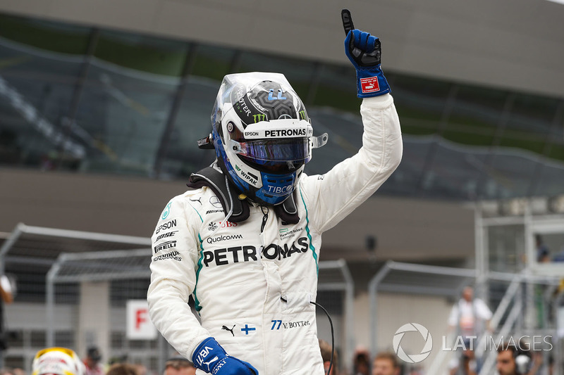 Valtteri Bottas, Mercedes AMG F1, celebrates pole