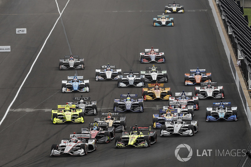 Will Power, Team Penske Chevrolet, Robert Wickens, Schmidt Peterson Motorsports Honda, Sébastien Bourdais, Dale Coyne Racing with Vasser-Sullivan Honda, James Hinchcliffe, Schmidt Peterson Motorsports Honda, Josef Newgarden, Team Penske Chevrolet, start, g