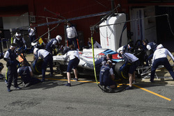 Robert Kubica, Williams FW41 pit stop