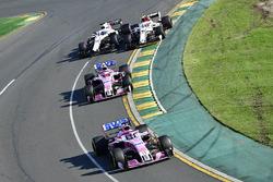 Sergio Perez, Force India VJM11 leads Esteban Ocon, Force India VJM11