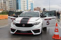 Fiat Egea yarış aracı
