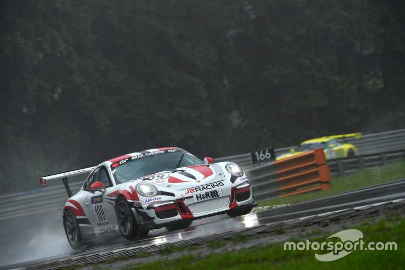 #109 Frikadelli Racing Team, Porsche 991 GT3 Cup: John Shoffner, Janine Hill, Arno Klasen Arno