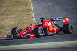 Kimi Raikkonen, Ferrari with 2017 Pirelli tyres