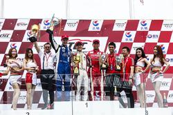 2.0T podium