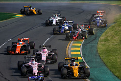 Nico Hulkenberg, Renault Sport F1 Team RS17 and Sergio Perez, Sahara Force India F1 VJM10