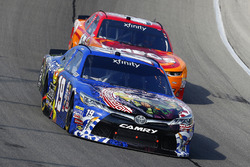 Matt Tifft, Joe Gibbs Racing Toyota and Kyle Larson, Chip Ganassi Racing Chevrolet