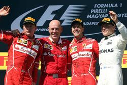 Temporada 2017 F1-hungarian-gp-2017-race-winner-sebastian-vettel-ferrari-second-place-kimi-raikkonen-ferr