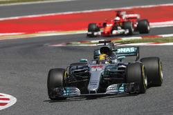 Льюіс Хемілтон, Mercedes AMG F1, Себастьян Феттель, Ferrari