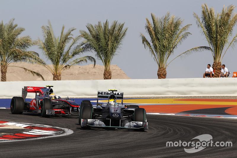 Nico Rosberg, Primer arranque de carrera de Mercedes AMG F1 - Bahrein 2010