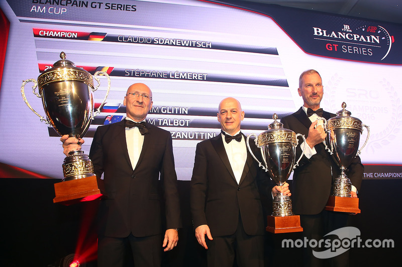 2016 AM Copa de pilotos, Claudio Sdanewitsch, campeón, Stéphane Lémeret, segundo lugar, Marco Zanuttini, tercero