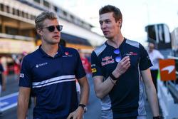 Маркус Эрикссон, Sauber, и Даниил Квят, Scuderia Toro Rosso