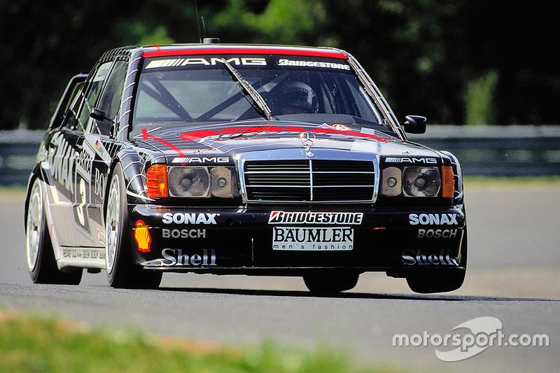 Наконец, в 1992-м Клаус Людвиг стал чемпионом DTM, а для Mercedes был завоеван второй подряд титул в зачете производителей