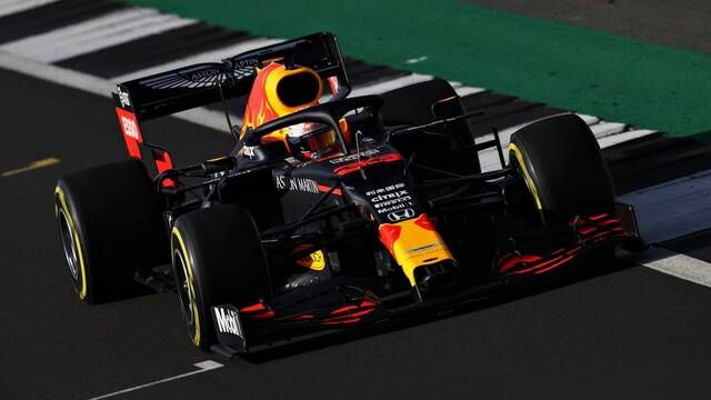 Red Bull RB16: lo shakedown a Silverstone