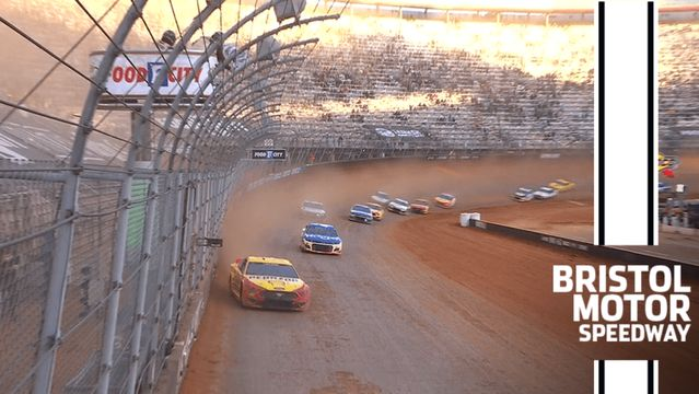 Logano holds off a charging Hamlin to win inaugural Bristol Dirt Race
