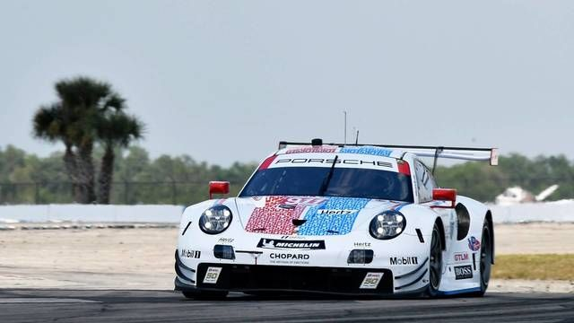 Porsche wins 12 hours of Sebring