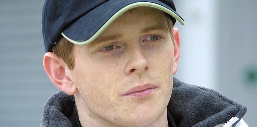 Davidson criticizes British rookies