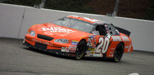 Stewart finally takes first win of 2003