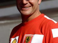 Barrichello calls for better medical help