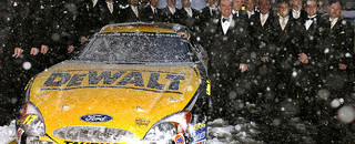 NASCAR Cup Kenseth receives accolades at champion banquet