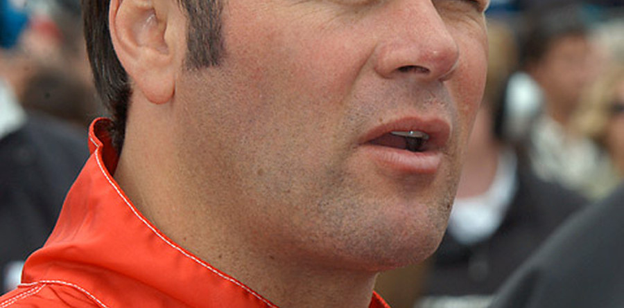 Indy rain plagues Robby Gordon
