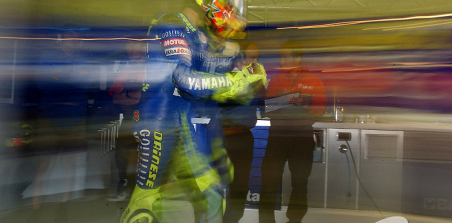 Rossi heads Australian GP qualifying