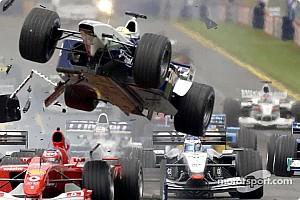 Формула 1 Топ список Відео: вісім машин розбилися на старті ГП Австралії — 2002