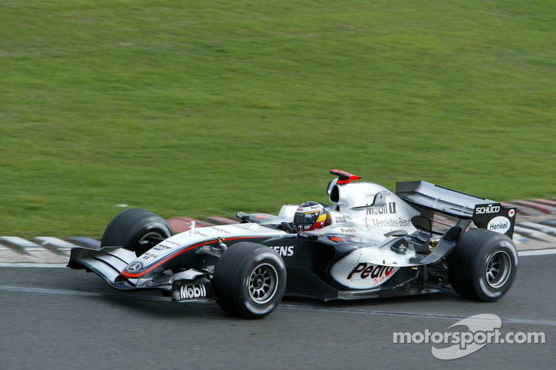 Mercedes V8 debuts at Silverstone