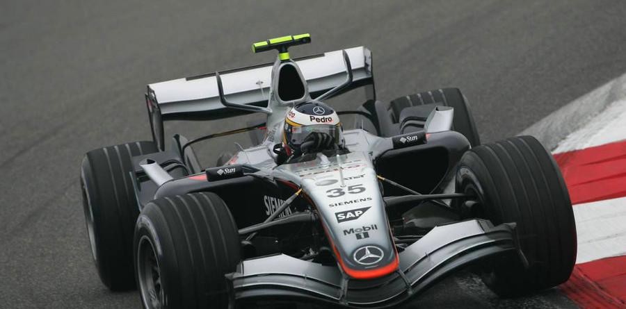 De la Rosa fastest on Chinese GP Friday