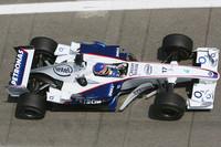 Villeneuve fastest at Paul Ricard