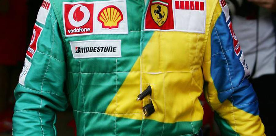 Massa takes home pole for Brazilian GP