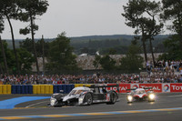Peugeot still on top, RS Spyders swap spots