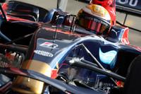 Skies brighten, hasten F1 testing