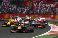 Webber outruns Vettel, dominates British GP
