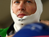 Villeneuve sets pace at the Gold Coast 600